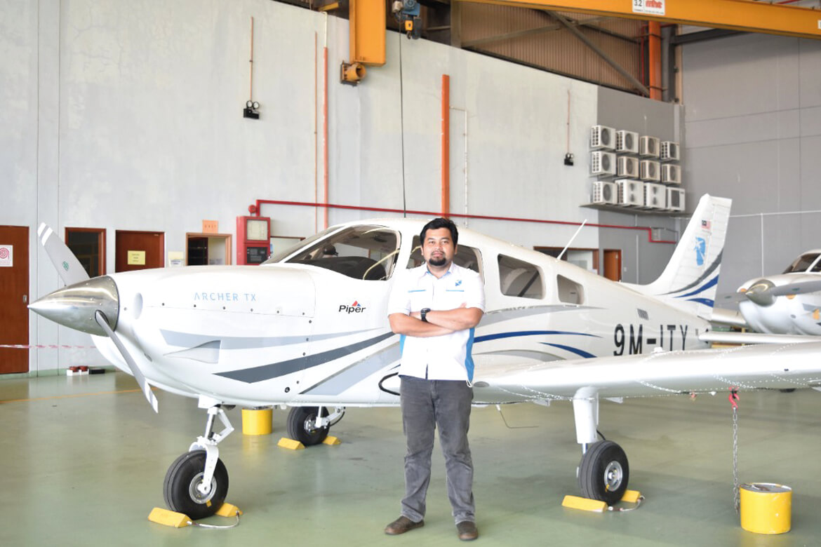 MALAYSIA'S,NO. 1,FLYING SCHOOL,LATEST ADVANCED,AIRCRAFT,PILOT TRAINING COURSES, flight training academy,diamond aircraft,DA40,DA42,best school,approved training organisation,pilot program,flight academy,melaka,foreign students,glass cockpit,airlines,how to become pilot in malaysia,flight simulator,pilot courses,female pilot,malaysia airlines,asia,AFI courses intakes,fleet,FI,ASSISTANT FLIGHT INSTRUCTOR,FLIGHT INSTRUCTOR